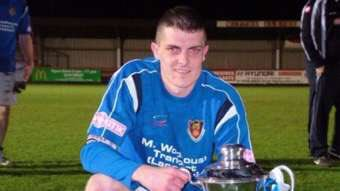 .@lancastercityfc ex-captain Neil Marshall dies from cancer   -