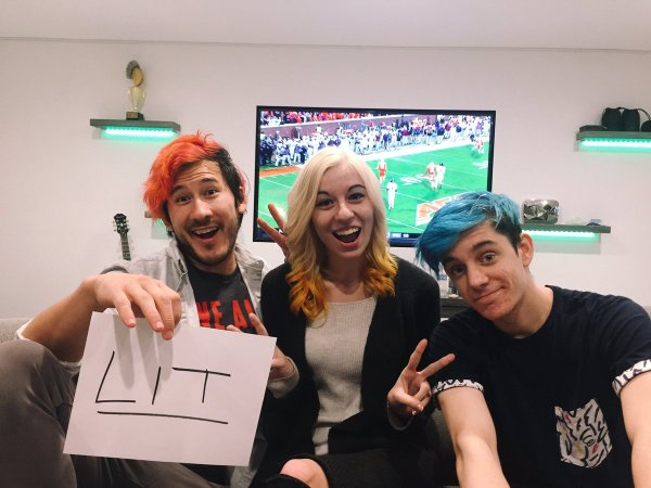 And Friends Crankgameplays - Year of Clean Water