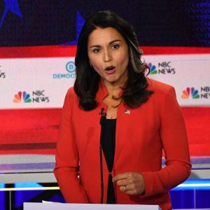 Drudge Headlines -> 😂 GABBARD: I'm 'Most Qualified' as Cmdr-in-Chief 😂 But she was the most searched name during the debate 😉