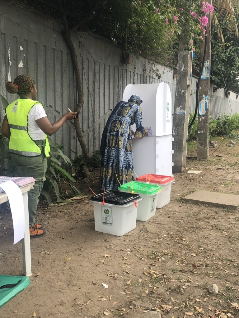 D0FUFUtW0AMMI3A - What Senator Oluremi Tinubu Said After Casting Her Vote Today Would Inspire You As A Nigerian