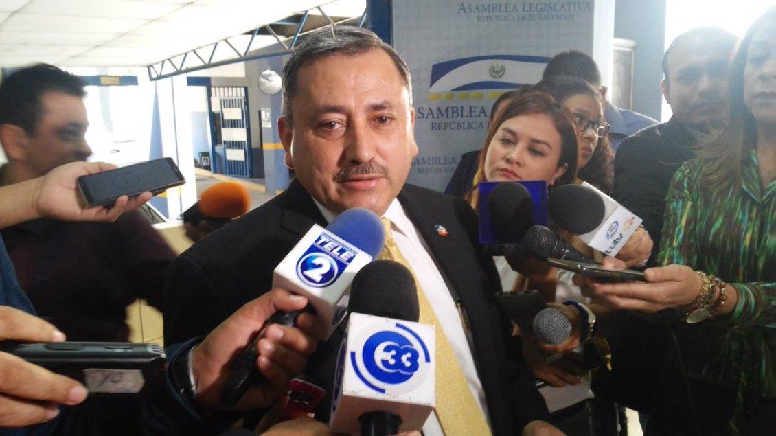 Arena respetará a Fiscalía en investigación a Norman Quijano