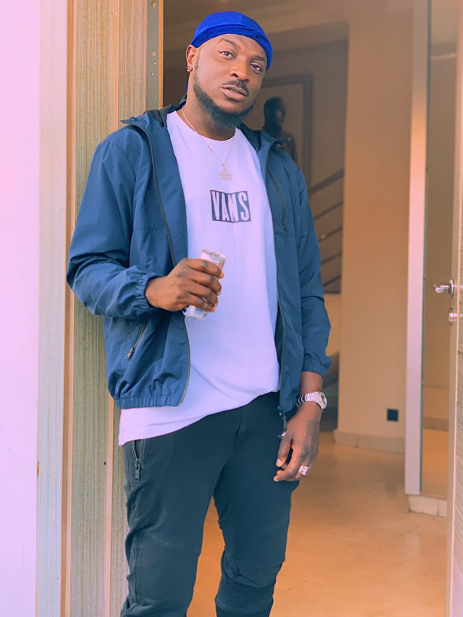 D0wIU56WkAElwvp - If you're a fan of Peruzzi, then you have to see this!!!