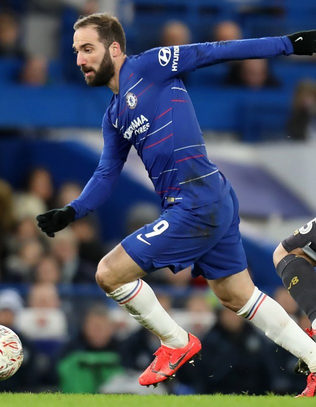 "D0xRx DX4AENoQg - ""If only Higuain was a couple of years younger it would be an exciting future"" Chelsea Fans Say As They Move To Within 4th Spot"