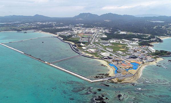 test ツイッターメディア - 呆れた❗安倍総理、岩屋防衛大臣は辺野古土砂投入中の視察は、一度も行ってない。「沖縄県民に寄り添う」いい加減にせいやー。 https://t.co/ezYS0m60vM