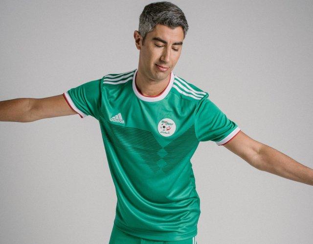 بالصور .. قميص المنتخب الجزائري الجديد الخاص بكأس أمم أفريقيا 2019 28