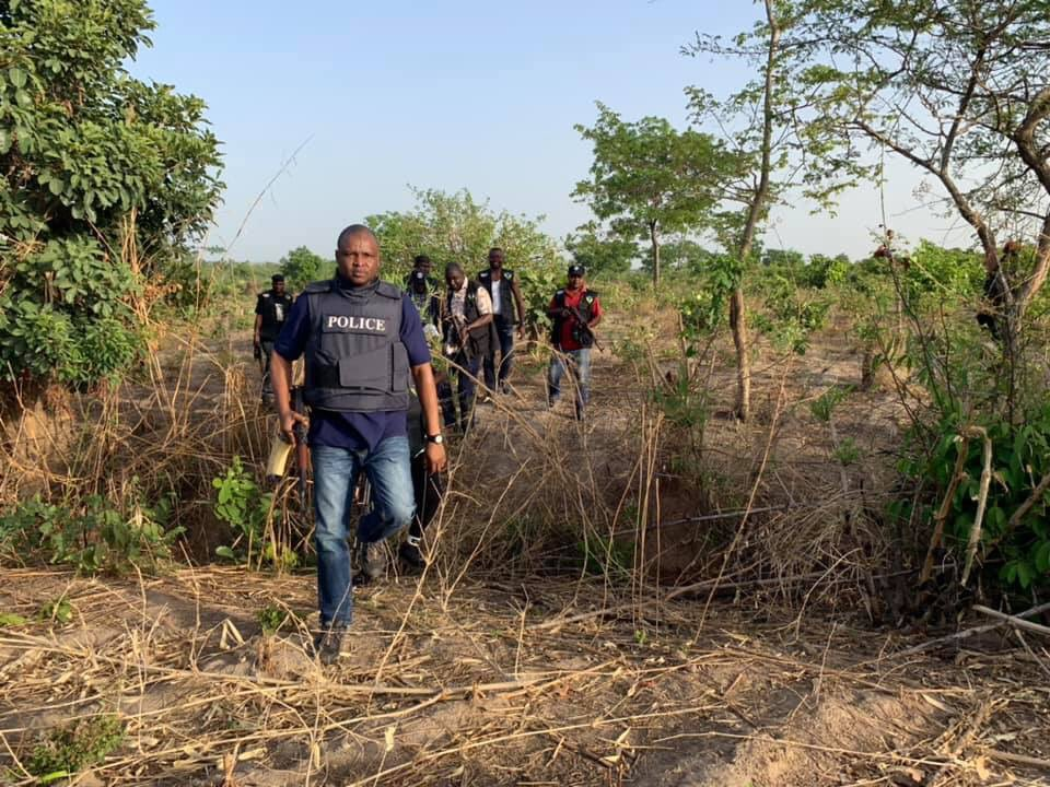 """D3V10XZWkAAQhQk - """"Did Abba Kyari went into the bush with professional photographer to hunt kidnappers or what???"""" – Nigerians querry"""