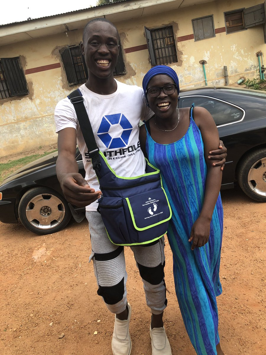 D3pNjvdWwAAMLIy - #Real 10 Years Challenge: Man Gifts Mum Car As 45th Birthday Gift After Being Unable To Feed 10 Years Ago