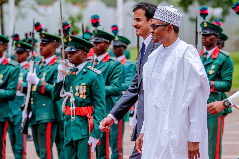 D418JI5WwAA3uM4 - Photos: Buhari Hosts Emir Of Qatar In Abuja