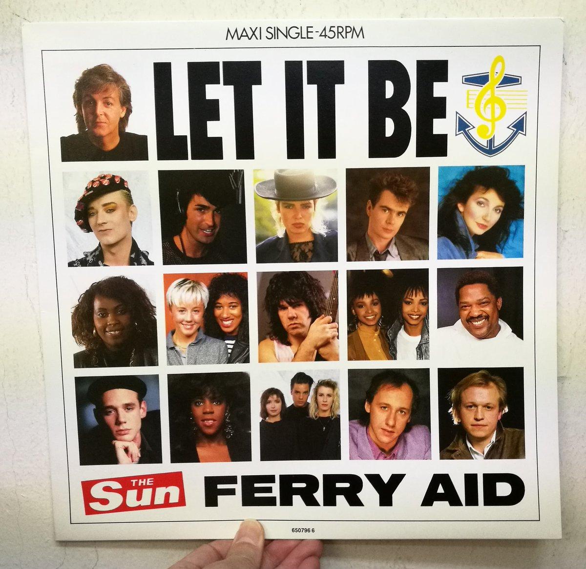 test ツイッターメディア - 【本店2Fセレブジャケ新入荷】'87年に英国のフェリーが転覆し200人近い犠牲者が出たことを受け、売れっ子が大挙参加して制作されたフェリー・エイドのチャリティ盤『Let It Be』。「エイドもの」馴れした頃のリリースで今となっては印象薄いですが、英国でのチャートアクションは本家ビートルズより上 https://t.co/e84Kei9WcD
