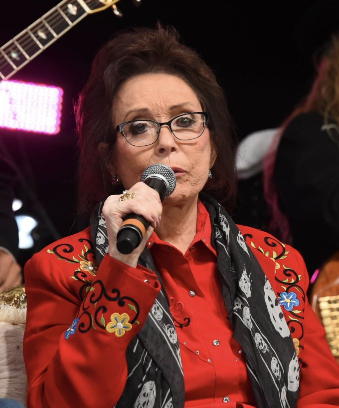 loretta lynn, mass shooting