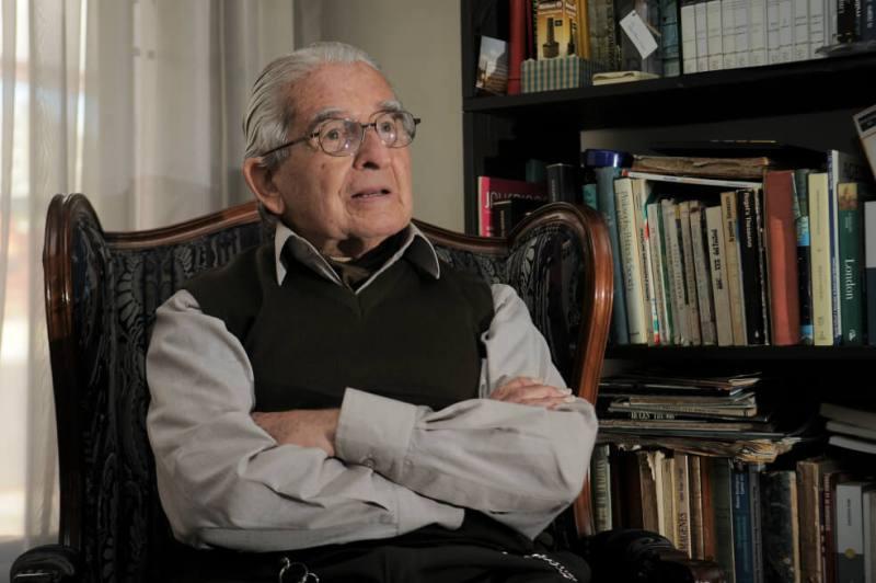 fallecio mike forero nougues padre del periodismo deportivo en colombia y nuestro editor de deportes por mas de 50 anos homenaje