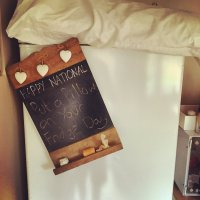 Pillow On Fridge Day (@PillowFridgeDay) | Twitter