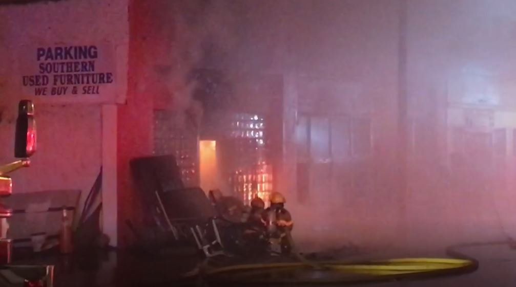 Tampa furniture store destroyed in overnight fire