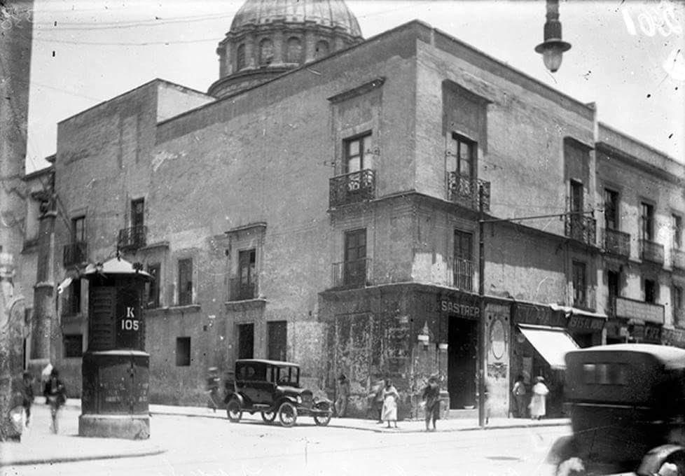 Casa de la Primera Imprenta LicVerdad y Moneda va