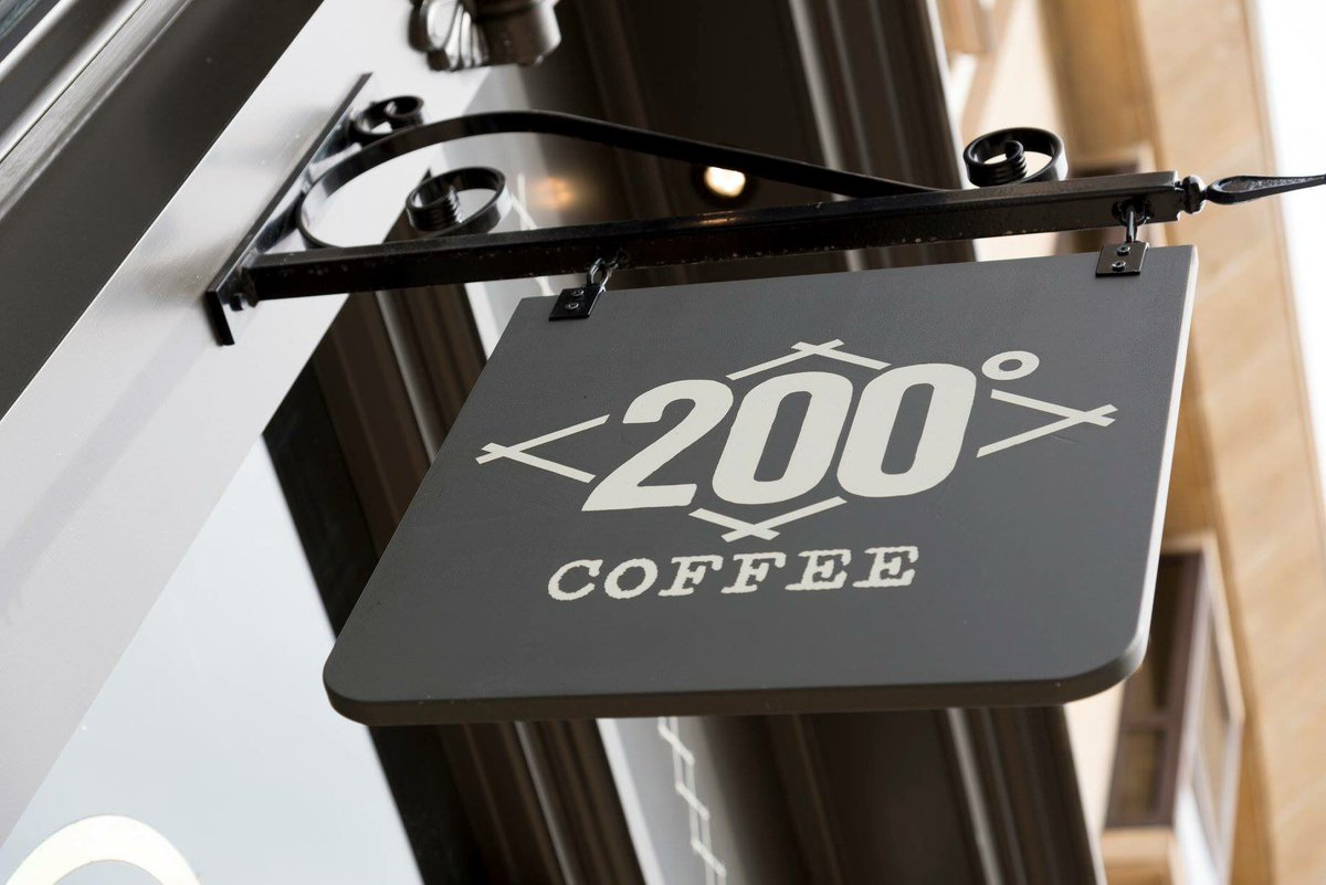 200 degrees roasters on