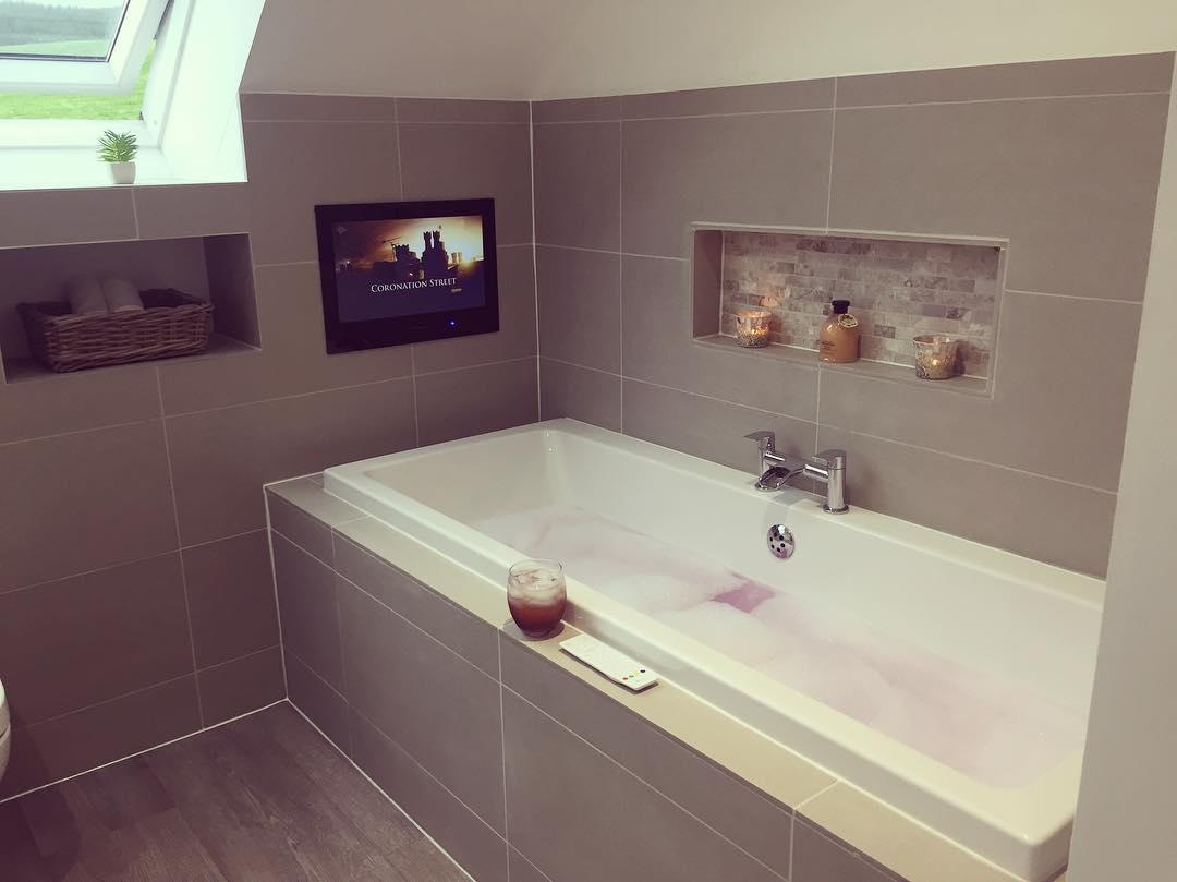 Bathroom TV BathroomTV  Twitter