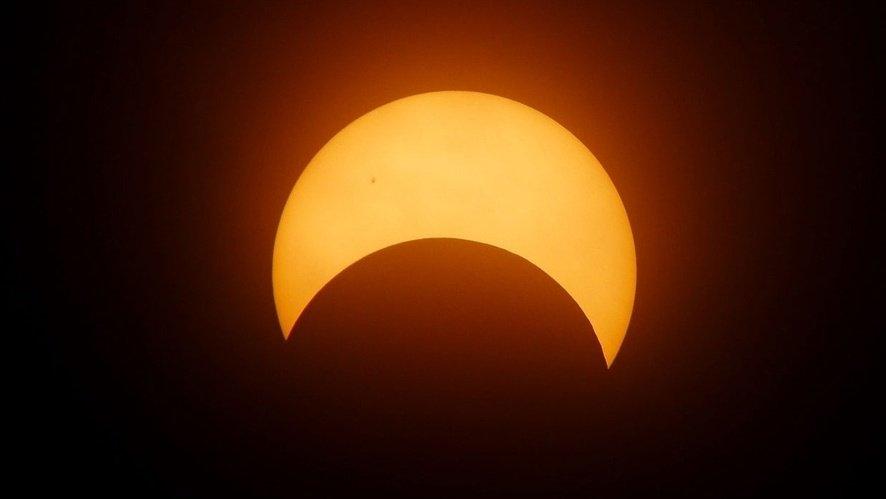 test Twitter Media - Woman's great-grandfather details 1918 solar eclipse in letter https://t.co/avbchFtz9d https://t.co/MvKtrUI8dE