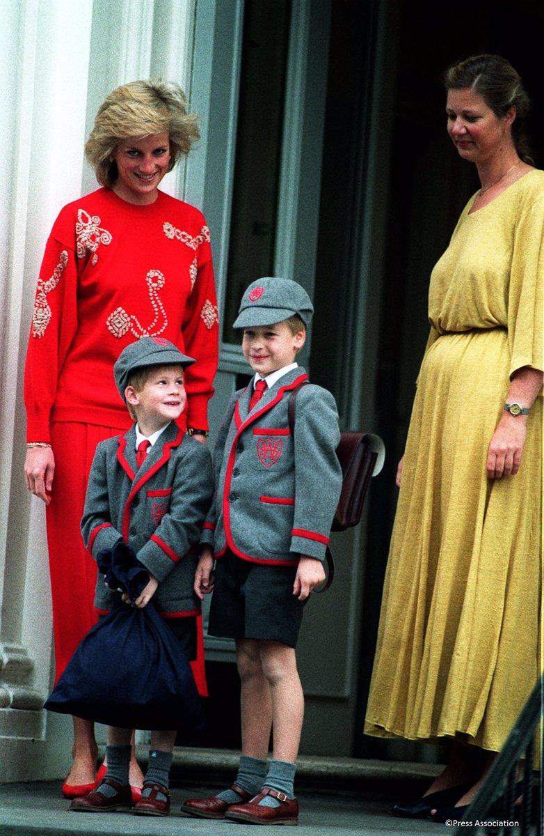 ジョージ王子の父、ウィリアム王子の初登校