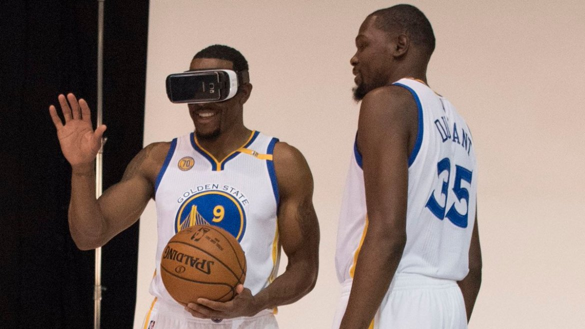 NBA to add new, interactive features to virtual reality broadcasts this season: