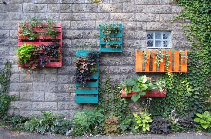 Cómo hacer adornos para el jardin reciclados
