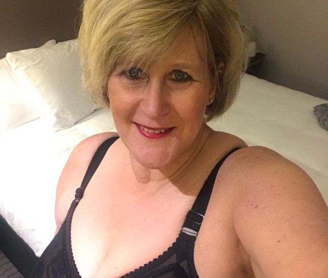 Catherine Can  F F  E On Twitter Hairs Looking Tussled And Im Ready To Play Filthy Fun In Glasgow Meets Facetime Chat Cam Skype Milf Strapon Mature