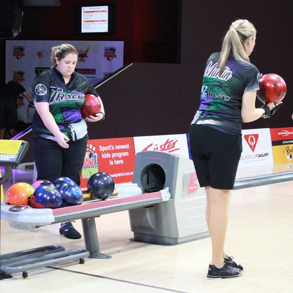 test Twitter Media - MOTIV Australia staffers Bec Martin and Sean Bowling took part in the inaugural Rollin' Thunder TV Bowling event in Sydney!  #MOTIVNation https://t.co/3DGO61pMC5