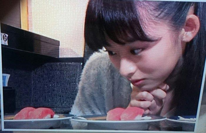 test ツイッターメディア - 井本彩花ちゃんの時折見せる表情がどことなく似てる https://t.co/ejdC71VWdI