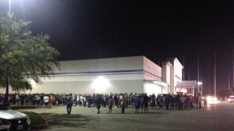 Lines For WS Gear At Academy Sports In Houston Were Insane…Luckily Someone Passed Out Beer