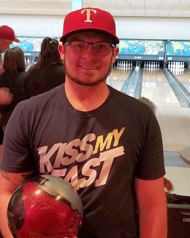 test Twitter Media - Congrats to Luke Pasche of Longview Tx who shot 300-254-279 for 833 using his Mako Attack. Have you put this beast in your bag yet?  https://t.co/978OIw1bjD #TrackBowling #SmartBowling https://t.co/laTxZRcOnM