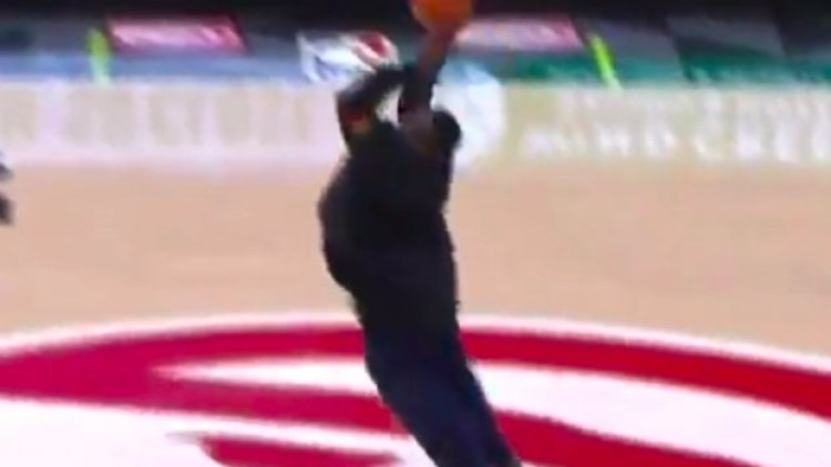 Hawks Fan Nails Half Court Shot With A Little Sidewinder Form For $10,000