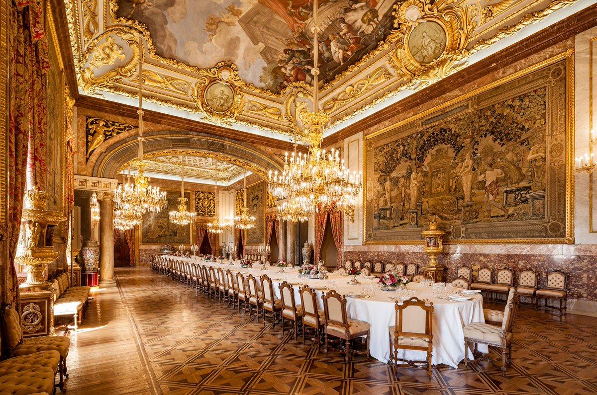 """Patrimonio Nacional on Twitter: """"El Comedor de Gala del Palacio ..."""