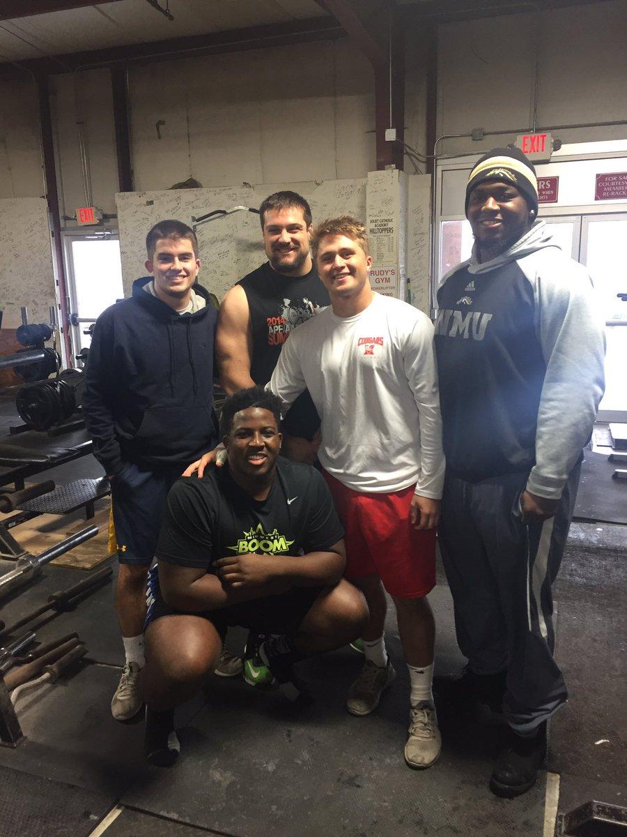 Gyms In Joliet Il : joliet, Football, Twitter:,