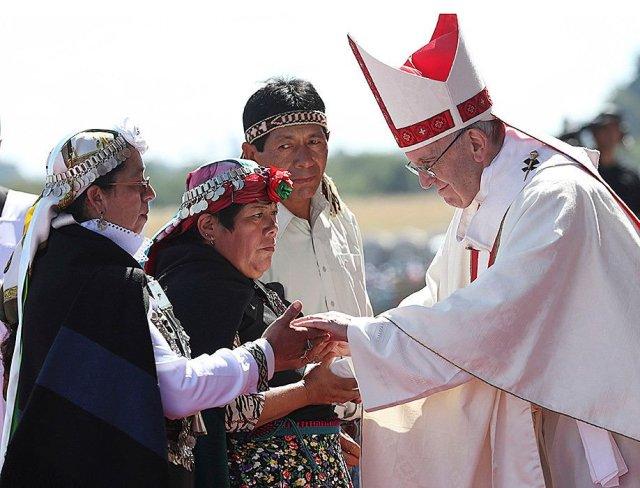 test Twitter Media - Paus Franciscus huilt met misbruikslachtoffers in Chili #NDnl  - ND-site: https://t.co/hxdYYkXu7j - Blendle: https://t.co/Uf7E2nyiU9 https://t.co/Rc9e8KRUku