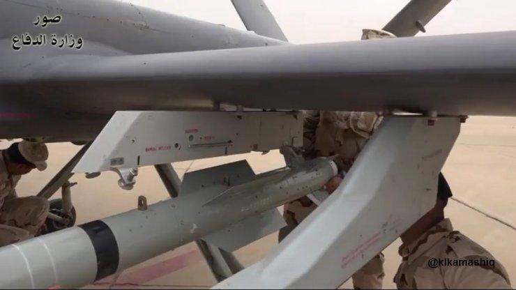 DV1aRQ2WkAE2I-f Китайская копия американского беспилотника принята на вооружение.