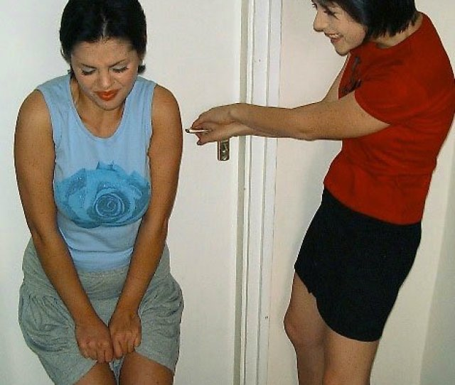 Girls Desperate To Pee Locked Out 2pic Twitter Com Fhqhzcthgf