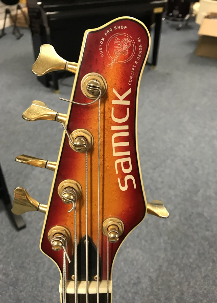 medium resolution of culbertson music on twitter here is an interesting one from a few years ago a samick 5 string bass designed by valley arts call in for a play at