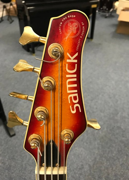small resolution of culbertson music on twitter here is an interesting one from a few years ago a samick 5 string bass designed by valley arts call in for a play at