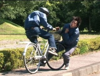 "test ツイッターメディア - マジでニュース速報)^o^( : 【神奈川】右手に飲み物、左手にスマホ、耳にイヤホンの女子学生書類送検、遺族「自動車と一緒、自転車の""ながら""禁止を」https://t.co/6NmD1d1RHK https://t.co/tIhj1HyHcq"