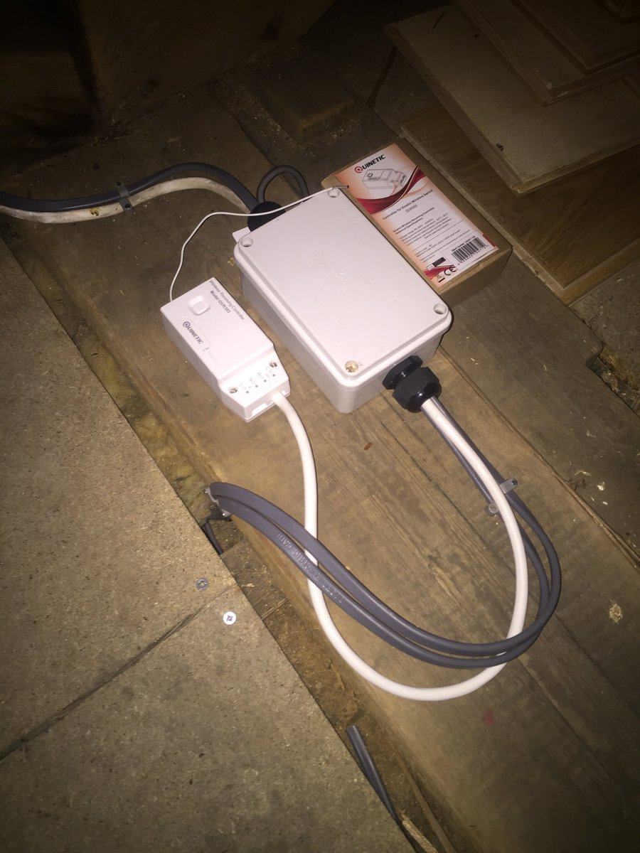 medium resolution of partially wired in rubber replaced with quinetic switches and receiver from tlcdirect1 electrician partp proelectrician e5 lighting wireless