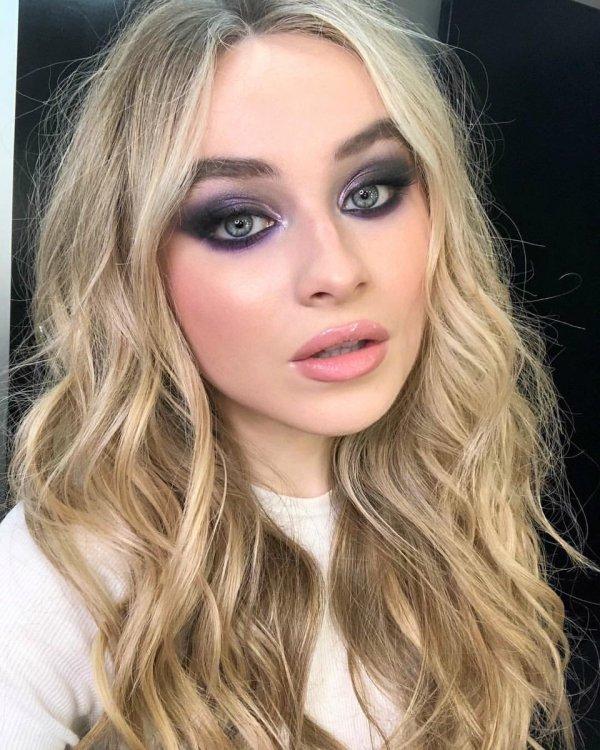 "Sabrina Carpenter Updates Twitter "" Scottkinghair Instagram Jonasblue"