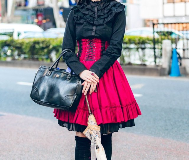 Fashion Porn On Twitter Horned Harajuku Girl In Gothic Lolita