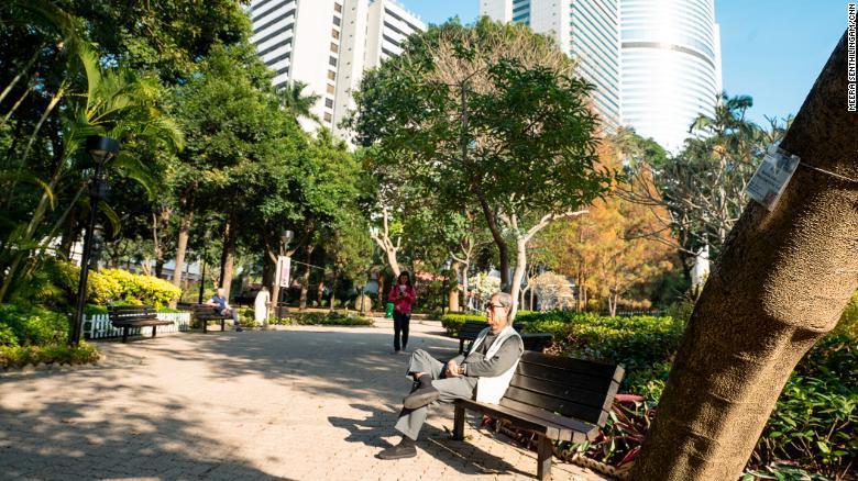 test ツイッターメディア - 海外「お茶のおかげ?」 きらびやかな観光都市・香港が日本を抜いて長寿世界一 人々の受け止め方はさまざま https://t.co/EtLlBjPUhY https://t.co/pNKAdVUbRL