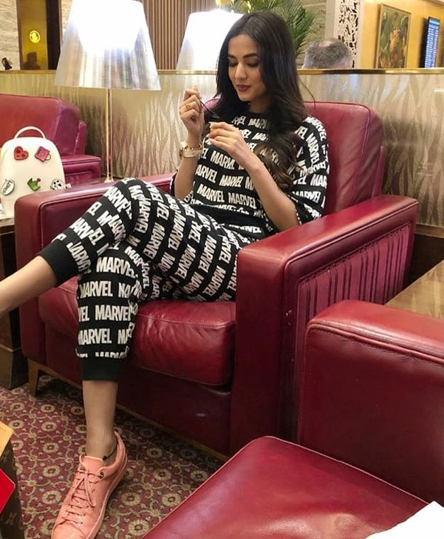 Marvelous Photos Taken At The Airport : marvelous, photos, taken, airport, India, Twitter:, Caught, @sonalchauhan7, Looking, Absolutely, MARVELous, Airport, Look., Ready, Hands, ONLYxMarvel, Collection!, #ComingSoon, #ONLYxMARVEL…, Https://t.co/ZJ7I8CUTuQ