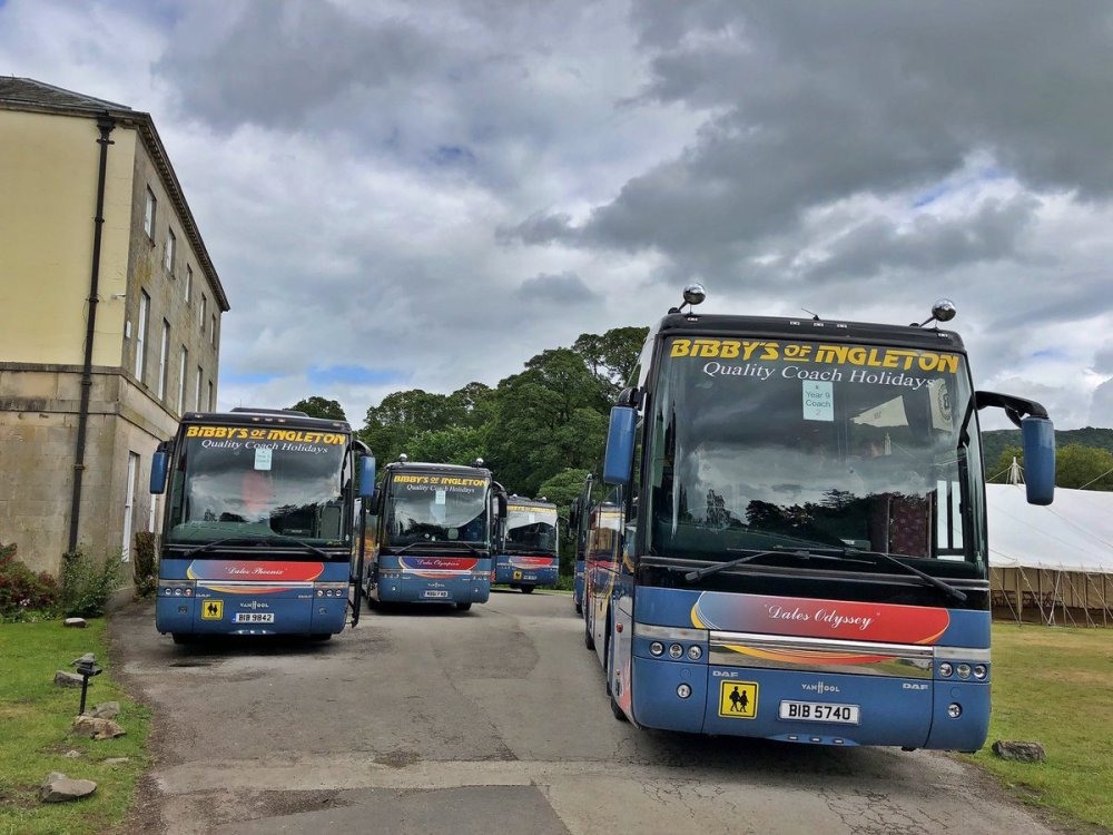medium resolution of ambleside this morning to pick the group up we dropped off on monday then a convoy migue sanchez vanhool