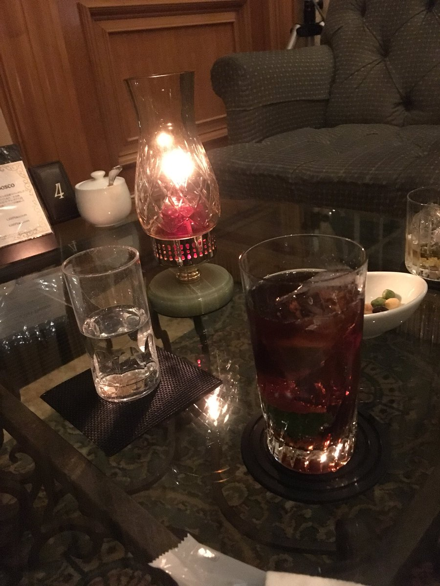 test ツイッターメディア - 琵琶湖のオサレなホテルで一杯 https://t.co/cozg1wbgBX