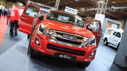 small resolution of speak to your isuzu dealer for details isuzu itjustworks pic twitter com cif4xb43th