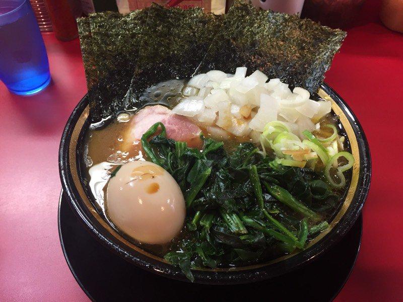test ツイッターメディア - 今日は新横浜でライブに行かれる方が多いと思いますが、ぜひ横浜家系ラーメンを堪能していただきたい!  オススメは東急東横線「東白楽駅」にある「とらきち家」です!  お時間があればぜひ行ってみてください! https://t.co/ghCRL0q6uM