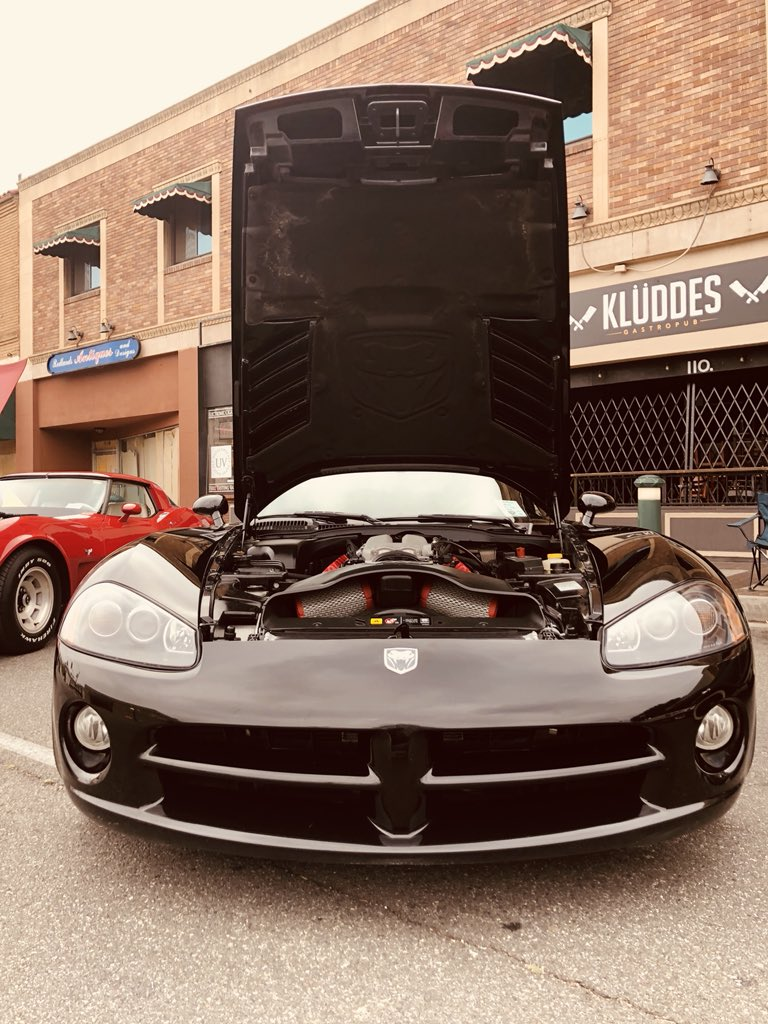 hight resolution of got my 79 vette and my 04 viper on full display at the redlands car show today in downtown redlands redlands carshow statestreet redlandscarshow