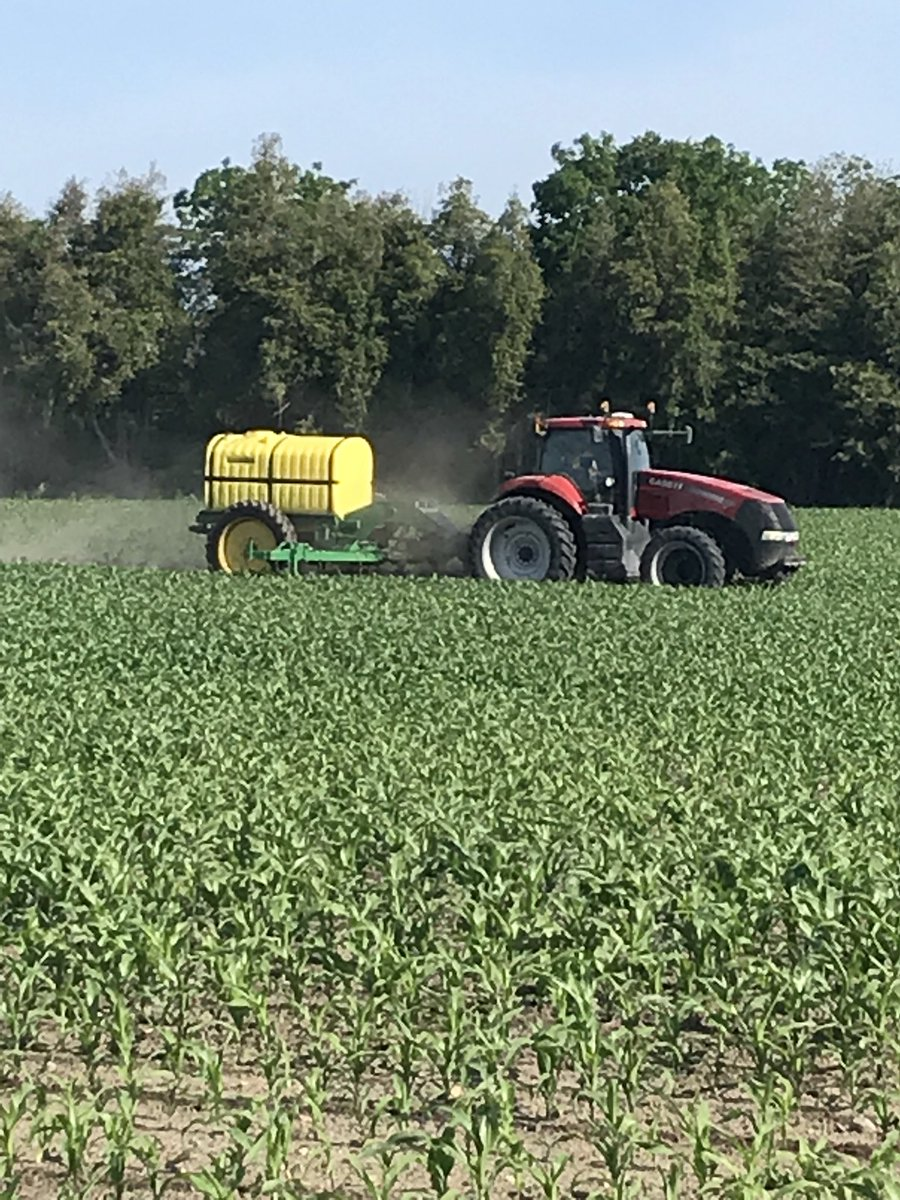 medium resolution of raven 440 rate controller and hydraulic driven we run 10 mph at 40 gallons an acre thinking 25 000 obopic twitter com t6n84vuzjx