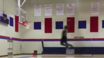 Incoming Duke Freshman Zion Williamson Is Already Dunking From The Free Throw Line